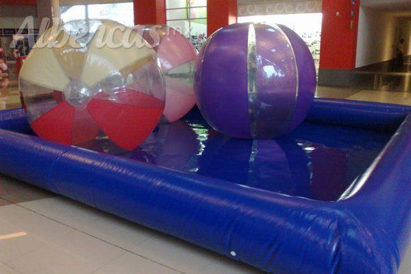 Agua limpia en albercas inflables for Albercas de plastico grandes