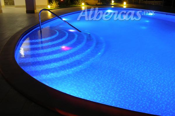 6 Razones para instalar una cubierta automática para tu piscina