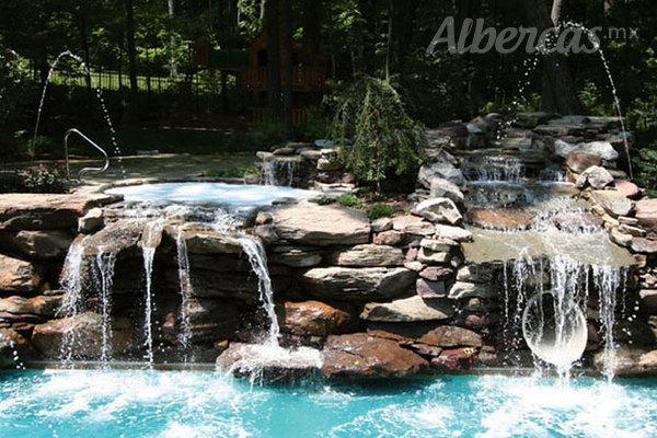 Cascadas relajaci n a tus sentidos for Cascadas de piedra artificial para piscinas